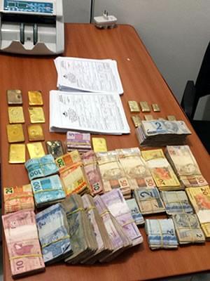 Ouro e dinheiro apreendidos nesta manhã no Estado do Mato Grosso. Fotos: PF/Divugação
