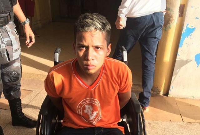 ...enquanto Thiago dos Santos foi atendido e depois autuado em flagrante. Estava foragido há 1 ano do Cesein