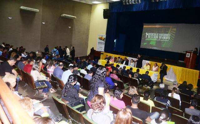 Vereadores do Amapá realizaram primeiro encontro. Fotos: ascom/CMM