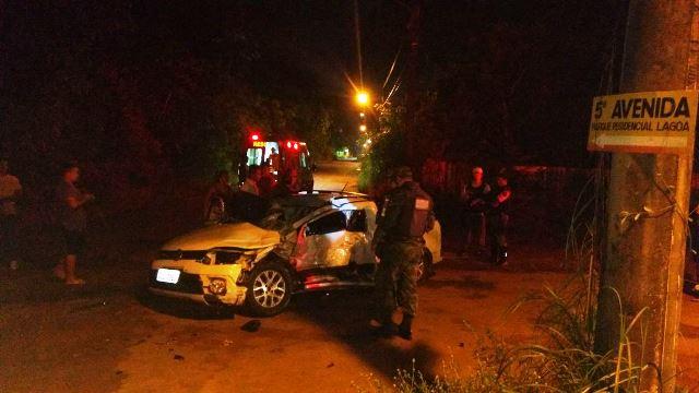 Motorista da Saveiro ficou bastante ferido. Fotos: Tenente Alves Neto/BPRE