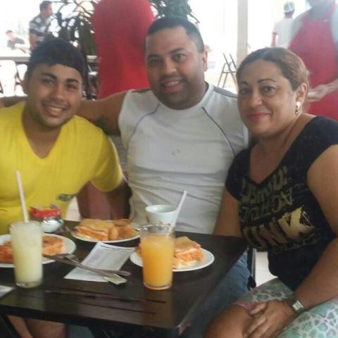 família de Alex