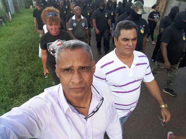 Selfie do repórter Humberto Baía acompanhando a manifestação