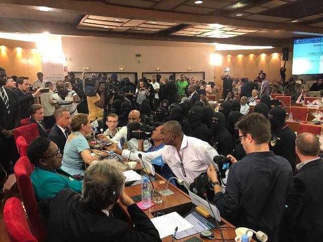 Ministros não conseguiram se reunir com os 500 Irmãos