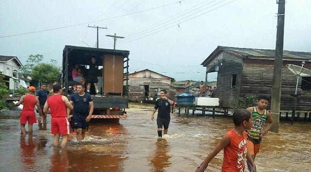 Enchente tem causado estragos na região. Foto: reprodução/Whatsapp