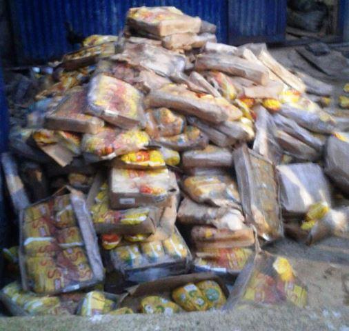 No total, foram 280 caixas de frango impróprio para consumo humano. Foto: MP/Divulgação