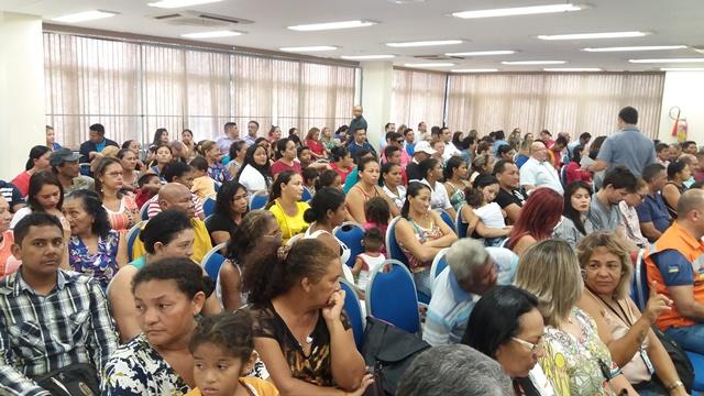 Moradores acompanharam informações repassadas por governo