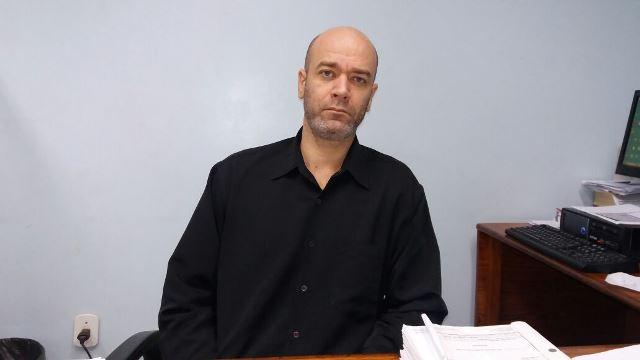 Delegado Glemerson Arandes: mais de 20 denúncias em 3 anos. Fotos: Olho de Boto