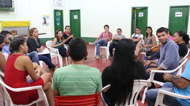 Deputada teve encontro com lideranças do município. Fotos: Fernando Santos