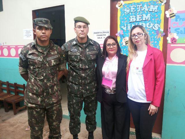 Parceria entre Exercito, direção da escola e voluntários da Fama