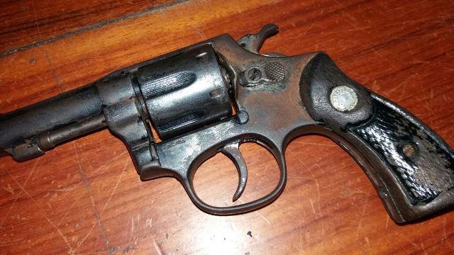 Revólver calibre 32 apreendido