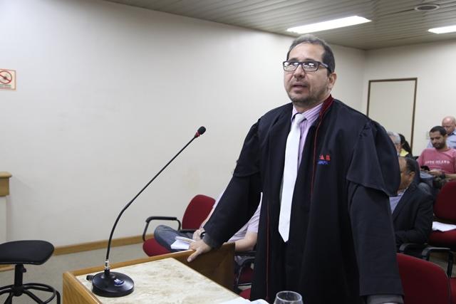 Advogado de defesa de Moisés Souza, Severo Júnior