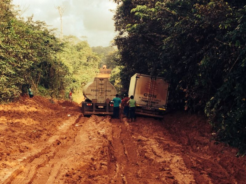 Caos na BR-156: viagem para Oiapoque está durando até 20 horas