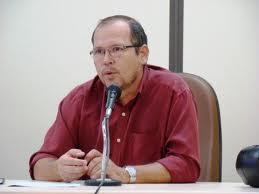 Ex-secretário de Educação recebia R$ 100 mil de propina, afirmam procuradores