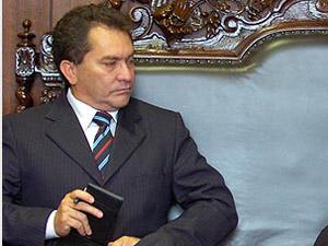 Ex-governador do Amapá é condenado por readmitir delegado de Polícia Civil