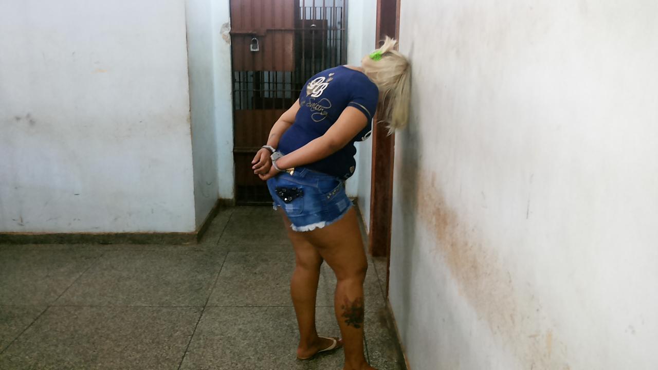 """Loura"" levava 2 quilos de maconha para Oiapoque"