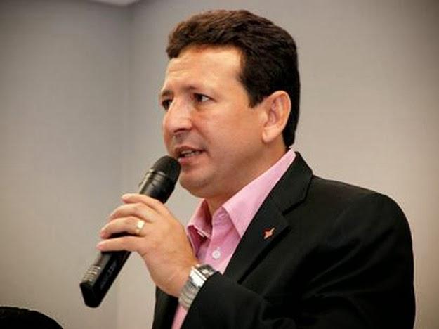 Roberto Góes é condenado por desviar consignados