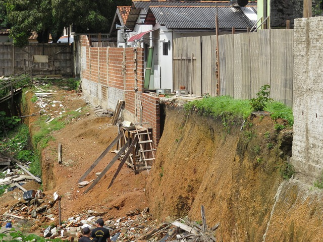 Prefeitura quer demolir 23 obras irregulares em Macapá