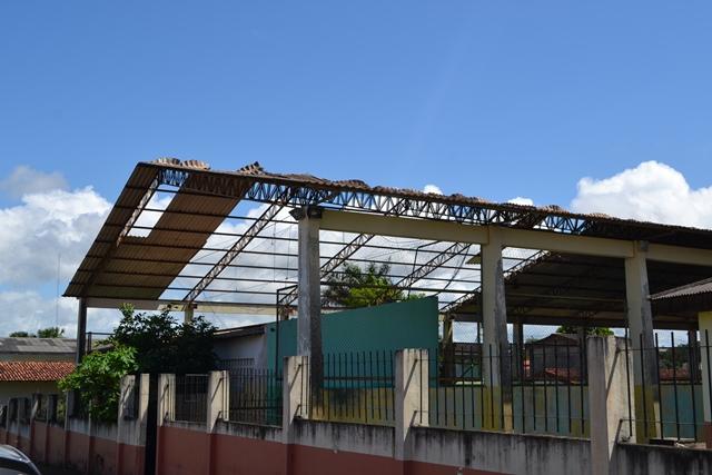 Escola Jesus de Nazaré, entre o abandono e o vandalismo