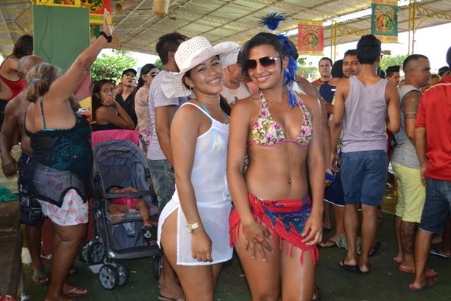 As garotas que deixaram o Festival do Camarão mais bonito