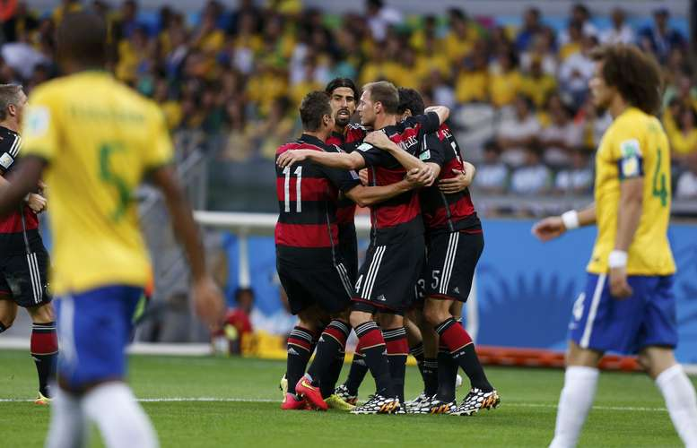 """Brasil e Alemanha: """"Foi uma vergonha"""", dizem torcedores amapaenses"""