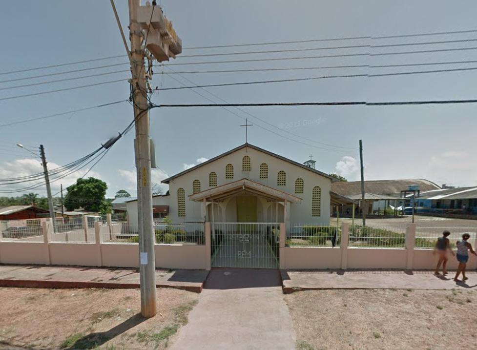 Homens armados promovem arrastão em igreja no Santa Rita
