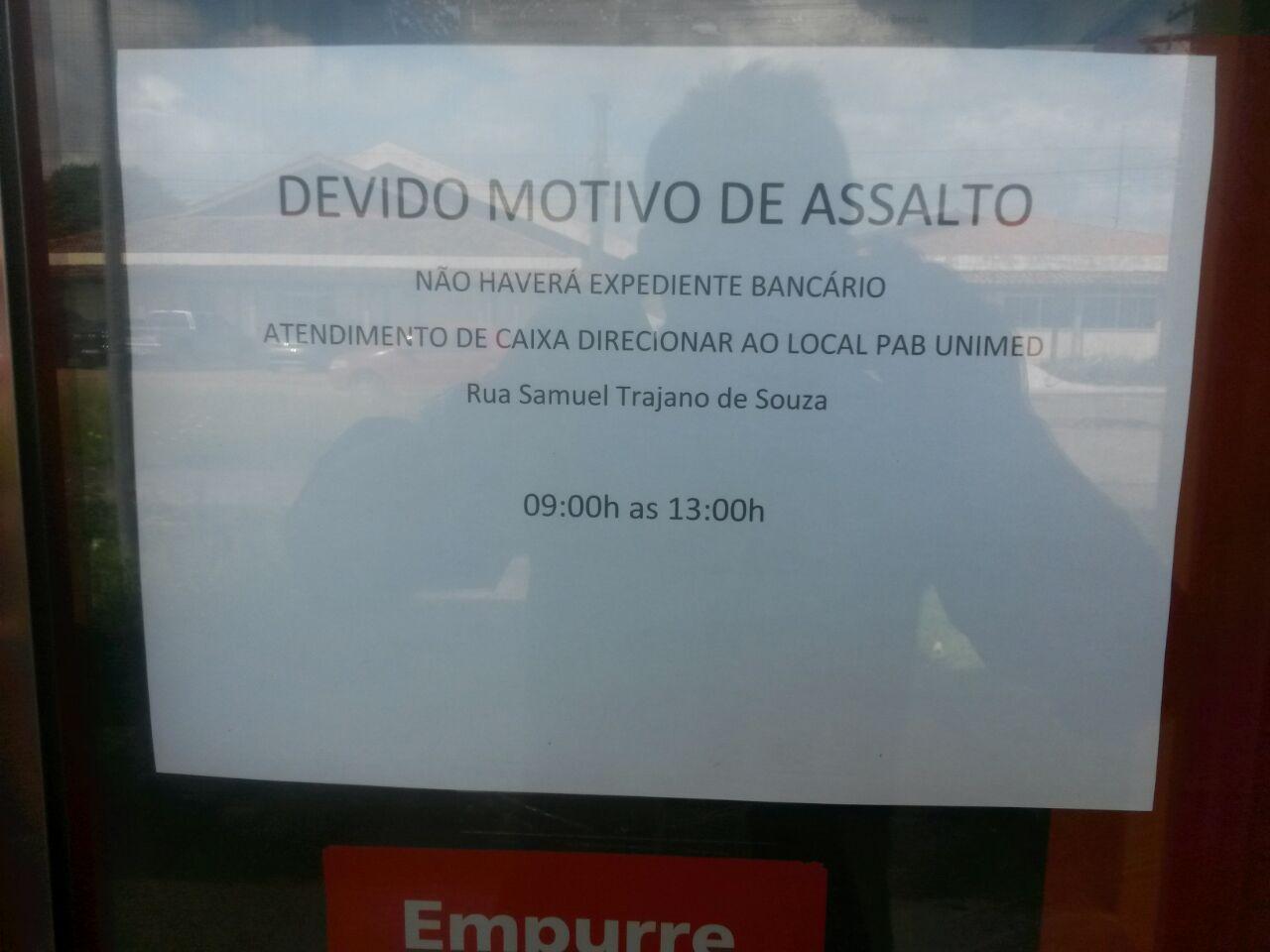 Bandidos levam R$ 47 mil de agência na Unifap