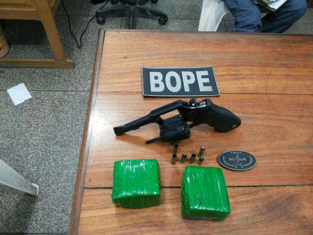 Suspeito é morto em troca de tiros com o Bope