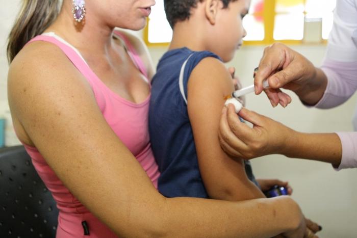 Quinze mil crianças devem ser vacinadas contra a hepatite A no AP