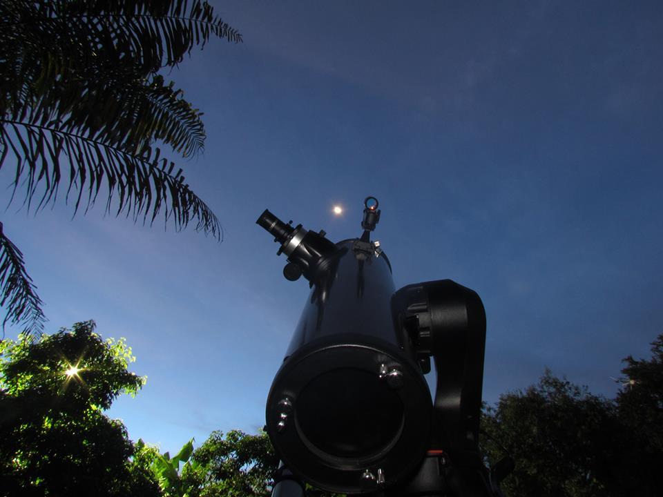 Clube de Astronomia oferece curso de observação do céu