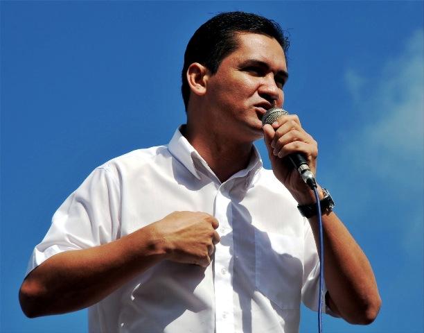 Nogueira diz que MP age politicamente contra ele