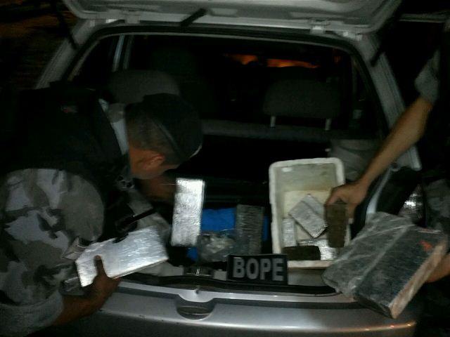 Bope encontra 11 quilos de maconha em porta-malas
