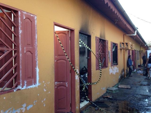 Incêndio atinge vila no Pacoval