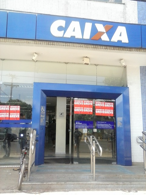 Caixa Econômica e Banco da Amazônia continuam em greve no AP