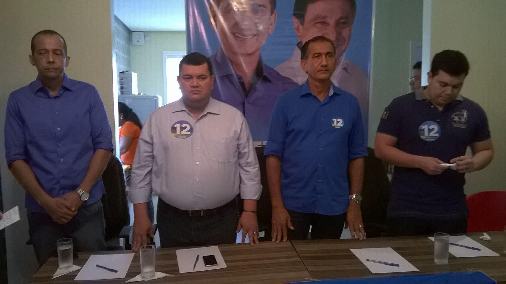 Pros e família Favacho fecham apoio a Waldez Góes