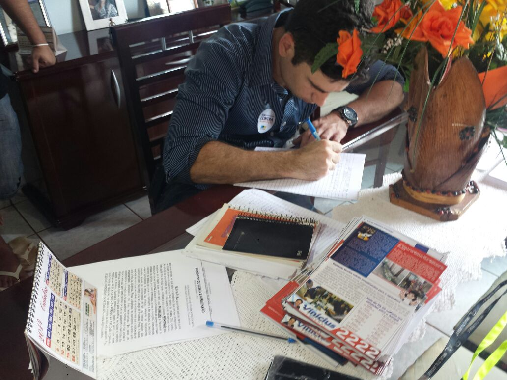 Cabo eleitoral preso com lista de eleitores na cueca