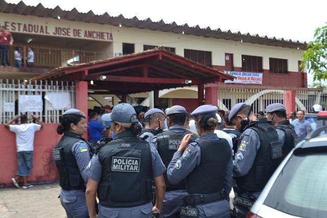 Reforço: Com onda de assaltos, PMs de gabinetes vão para as ruas