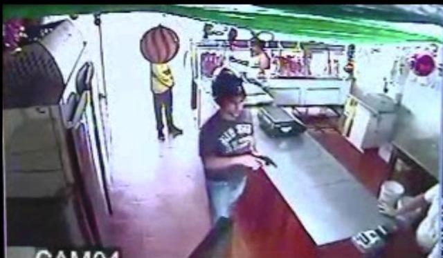 "R$ 18 mil: VÍDEO mostra assaltantes de ""cara limpa"" roubando açougue"