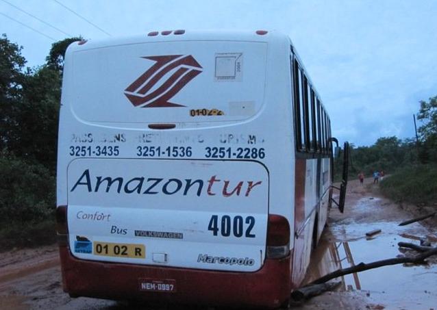 Com medo de assaltos: Empresas de ônibus viajam em comboio