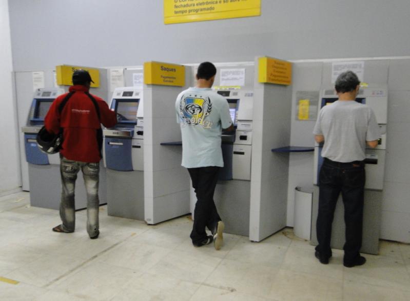 GEA pede que bancos adiem cobrança do 13º salário dos servidores