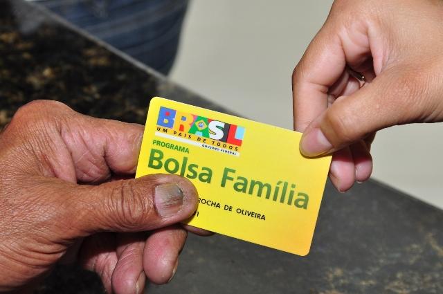 cgu confirma: Pessoas incluídas irregularmente no Bolsa Família receberam benefícios