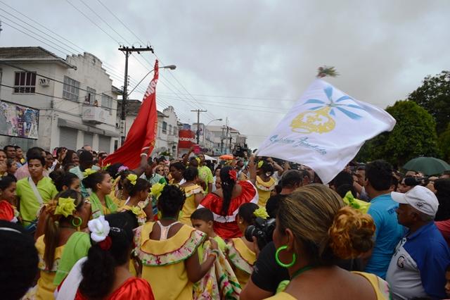 257 anos de Macapá: Missa, encontro das bandeiras e cortejo do banzeiro