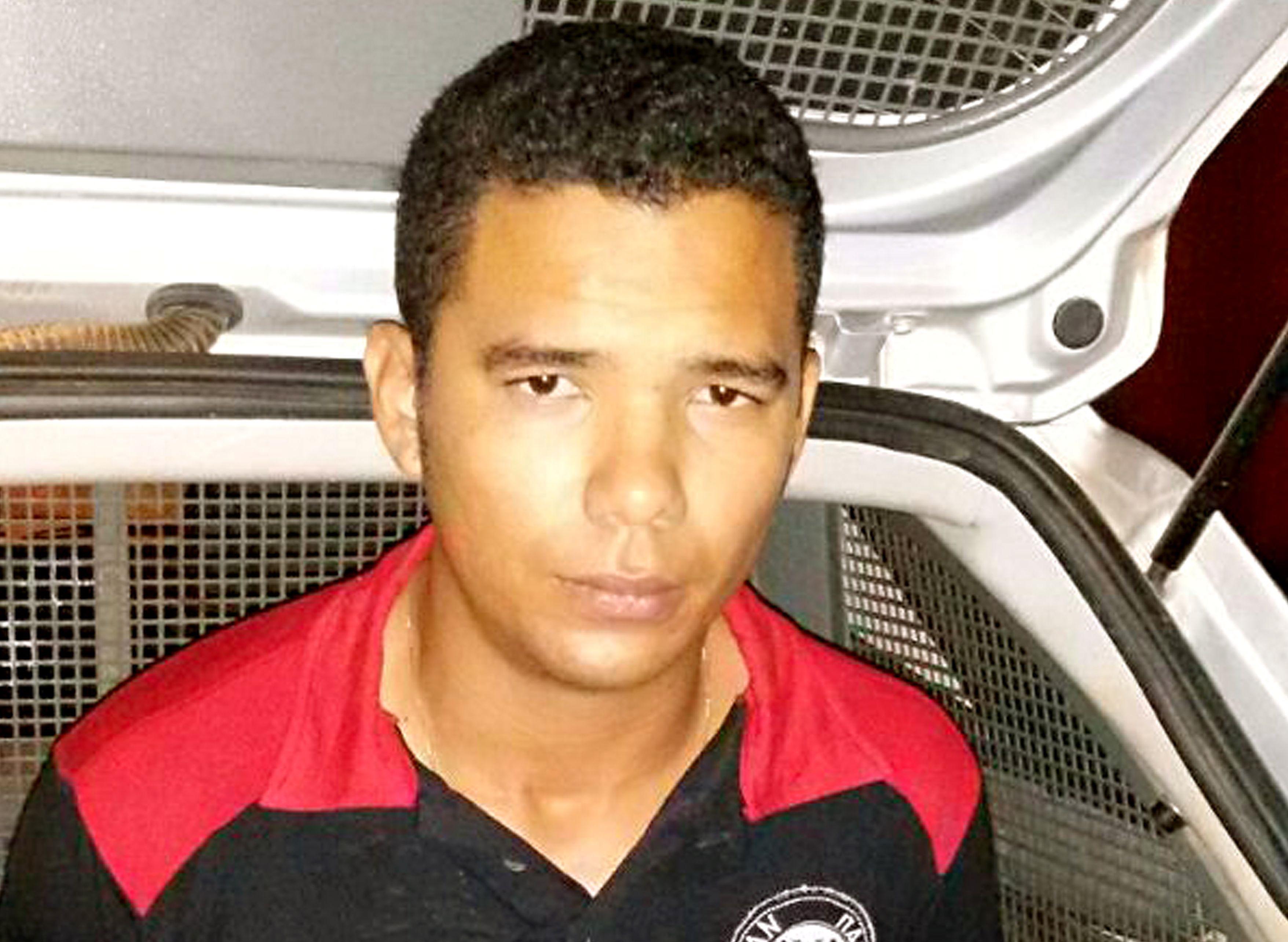 visitou a família e se deu mal: Homem que matou namorada com 10 facadas é novamente preso