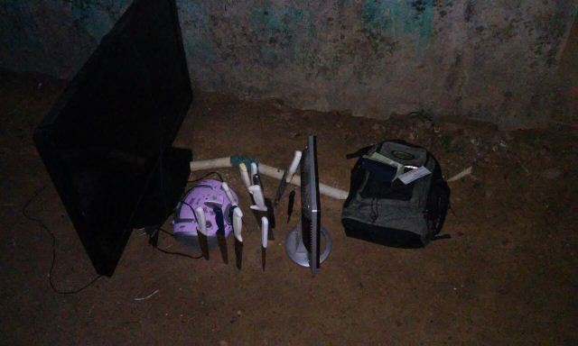 """Ipê: Policiais prendem bandidos que faziam """"mudança"""""""