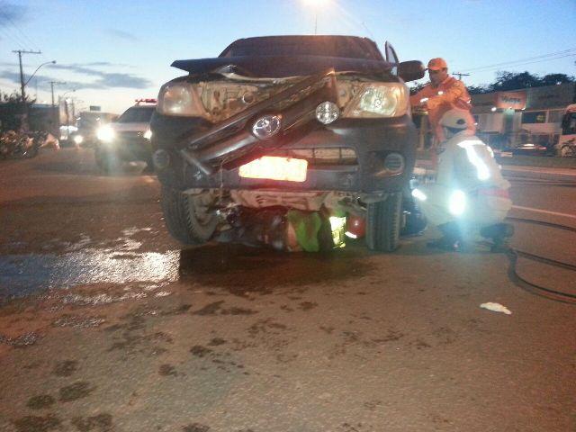 domingo: Mototaxista é arrastado por pick-up na Zona Norte