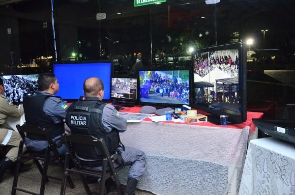 sem violência: No sambódromo, PM não registra ocorrências graves