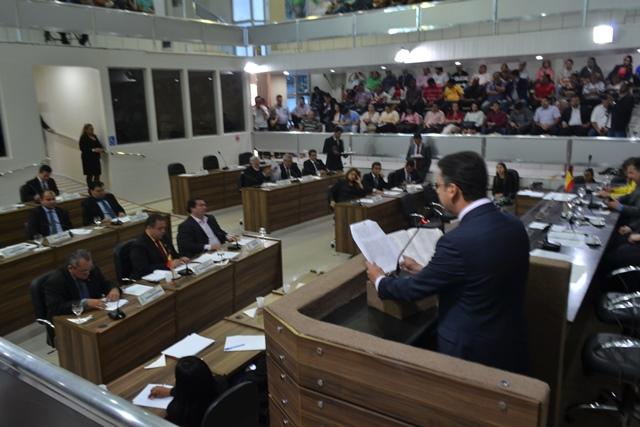Legislativo municipal: CMM começa trabalhos com prestação de contas de Clécio