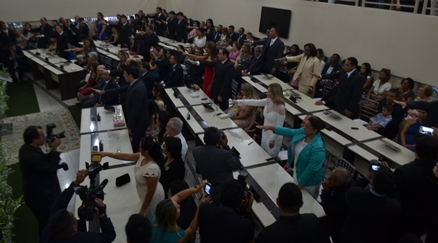 Assembleia legislativa: Deputados tomam posse e elegem presidente nesta segunda