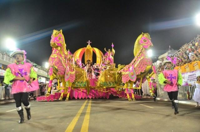 Festa na quadra: Aos 63 anos, Maracatu fará o próprio carnaval