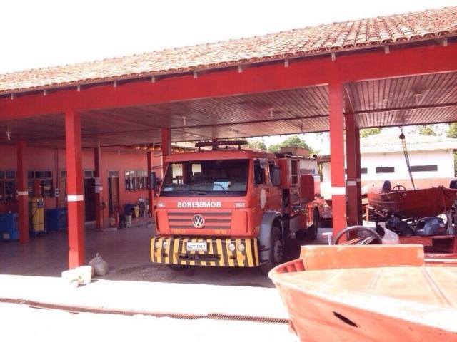 anos de reivindicação: Fazendinha recebe caminhão de combate a incêndios