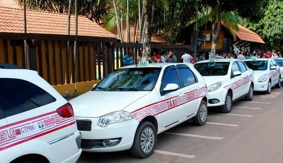 assaltos e acidentes: Taxistas reclamam da falta de segurança nas ruas